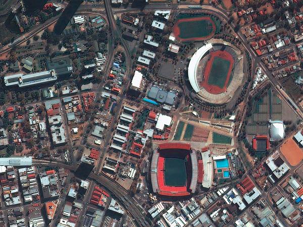 Les stades de la Coupe du monde vus par satellite Jobourg_Ellis_Park_600
