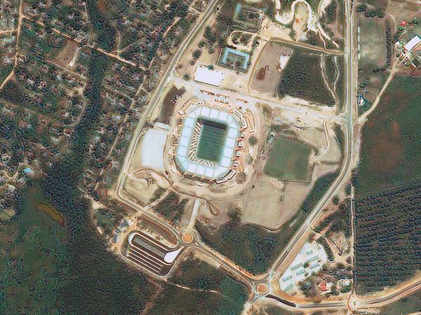 Les stades de la Coupe du monde vus par satellite Nelspruit_Mbombela_stadium_600